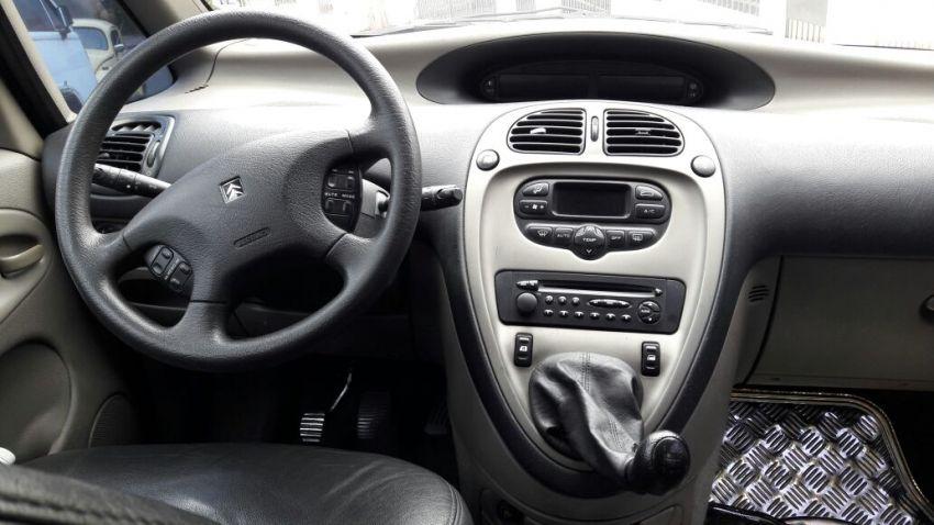 Citroën Xsara Exclusive 1.8 16V - Foto #6