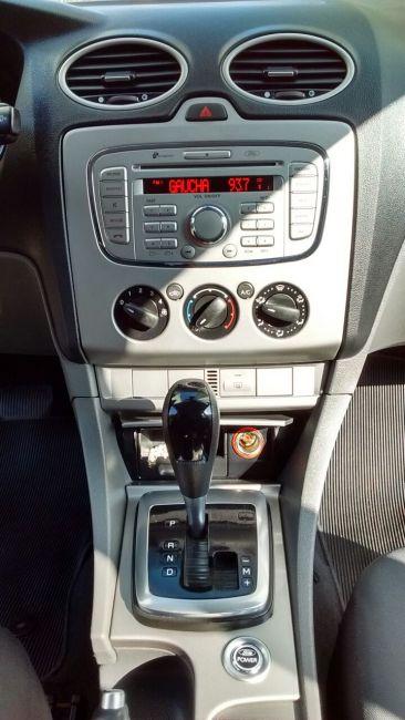Ford Focus Sedan GLX 2.0 16V (Flex) (Aut) - Foto #10
