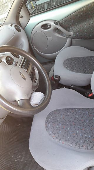 Ford Ka GL 1.0 L - Foto #6