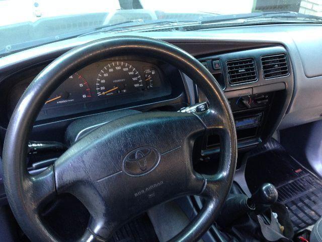 Toyota Hilux SW4 4x4 3.0 Turbo - Foto #8