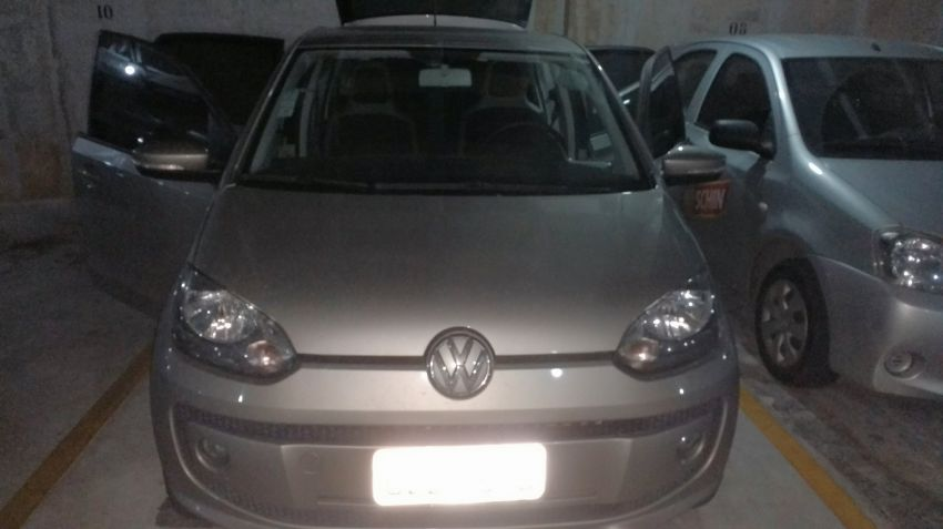 Volkswagen Up! 1.0 12v E-Flex high up! 4p - Foto #1