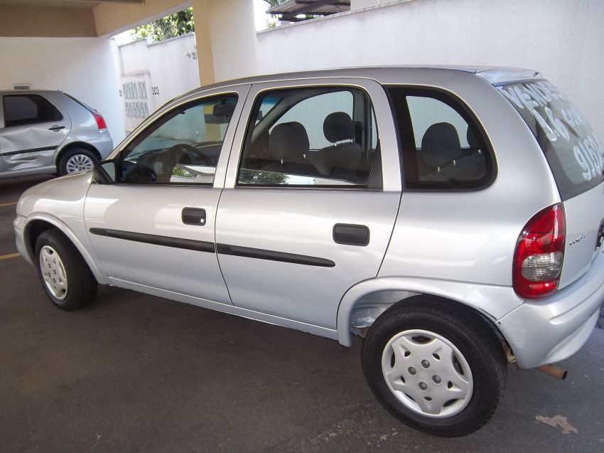 Chevrolet Corsa Hatch Wind 1.6 MPFi - Foto #4