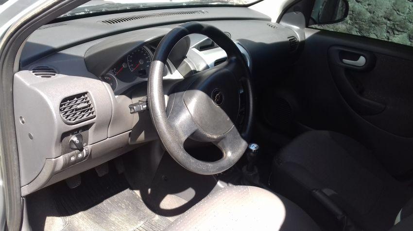 Chevrolet Corsa Hatch 1.4 EconoFlex Premium - Foto #4