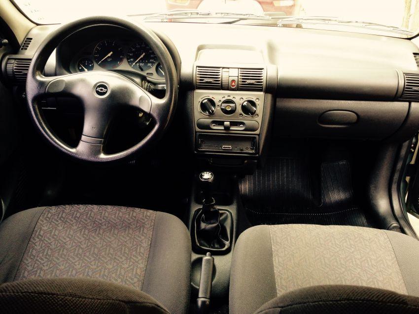 Chevrolet Corsa Sedan GLS 1.6 MPFi - Foto #7
