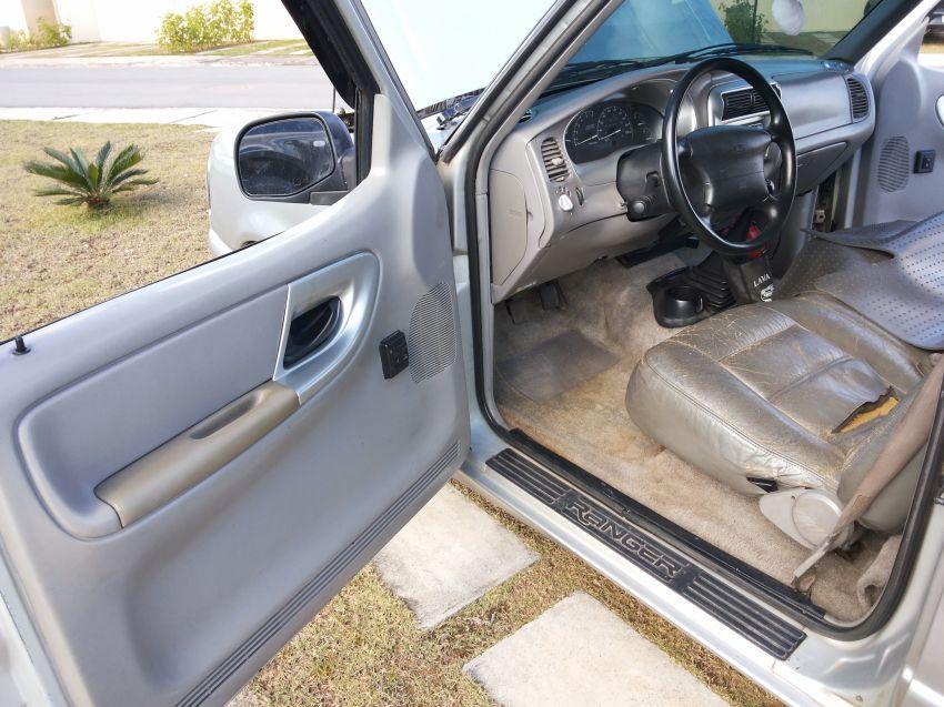 Ford Ranger XL 4x2 4.0 V6 (Cab Simples) - Foto #2