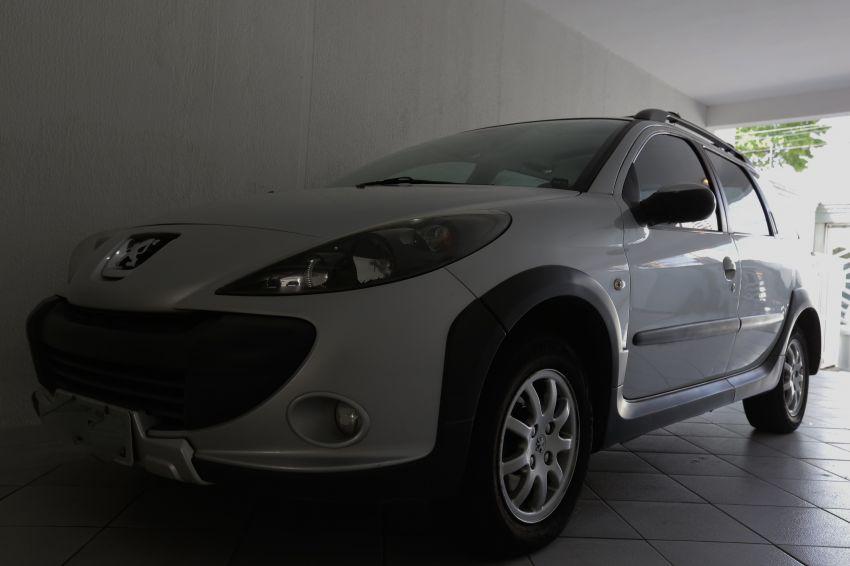 Peugeot 207 SW Escapade 1.6 16V (flex) - Foto #4