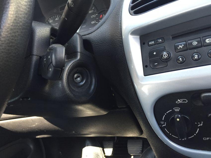 Peugeot 206 Hatch. Techno 1.6 16V - Foto #3