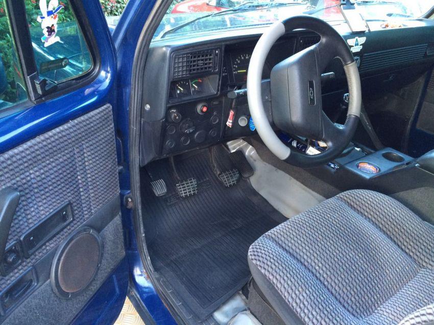 Chevrolet Bonanza Custom Luxe 4.0 Turbo - Foto #5