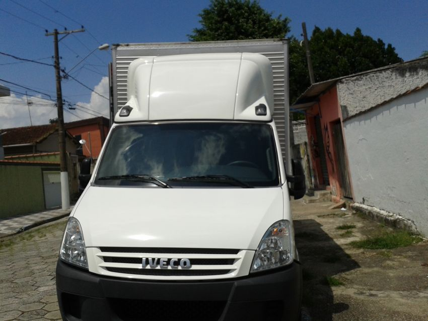 Iveco Daily 3.0 35S14 CD - 3750 - Foto #1