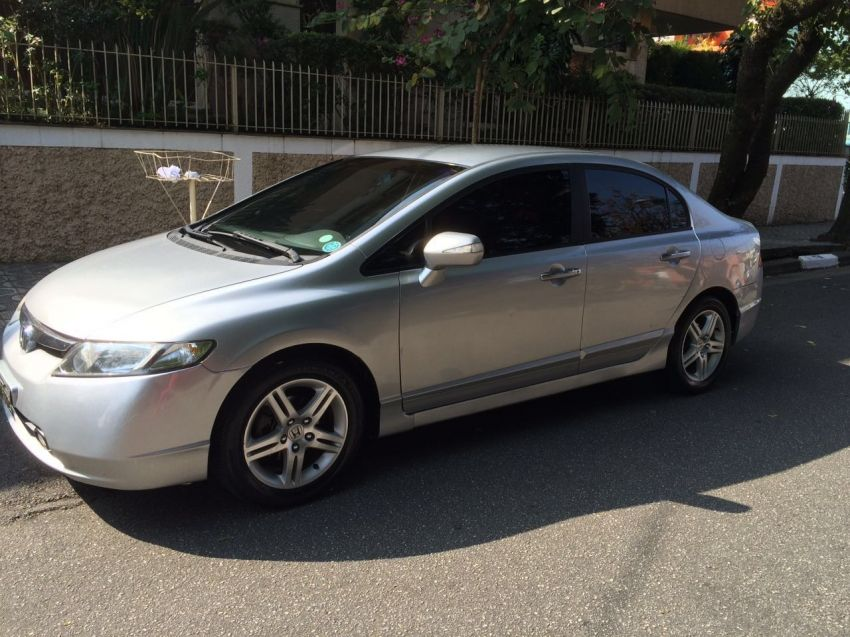 Honda Civic Sedan EXS 1.6 16V - Foto #5