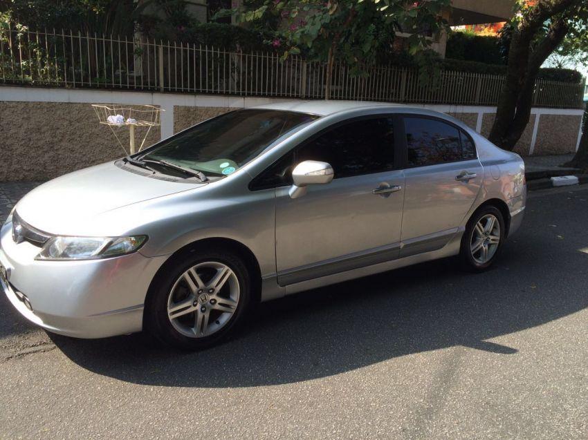 Honda Civic Sedan EXS 1.6 16V - Foto #8