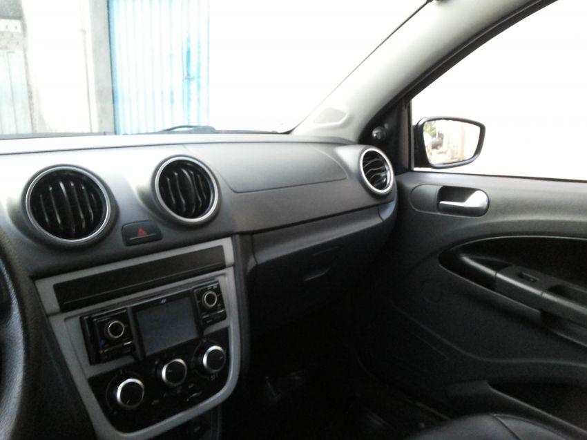 Volkswagen Saveiro Trend 1.6 (Flex) (cab. estendida) - Foto #4