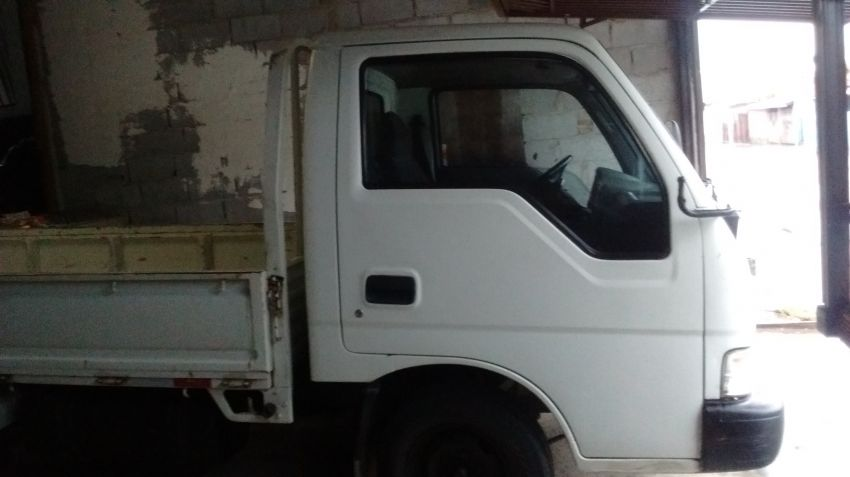 KIA Bongo K-2700 DLX RS 4x2 (cab. simples) - Foto #1