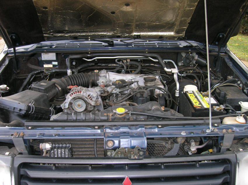 Mitsubishi Pajero GLX 4x4 3.0 V6 - Foto #4