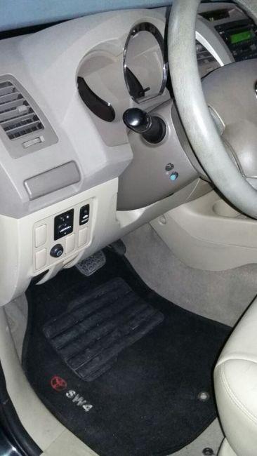 Toyota Hilux SW4 3.0 TDI 4x4 SR 5L (Aut) - Foto #4