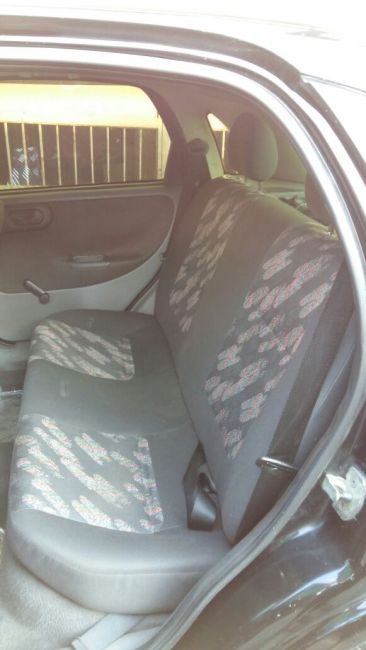 Chevrolet Corsa Hatch 1.0 8V - Foto #1