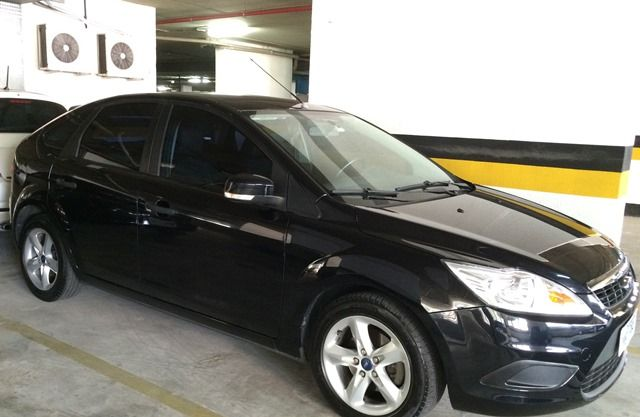 Ford Focus Hatch GL 1.6 16V (Flex) - Foto #3