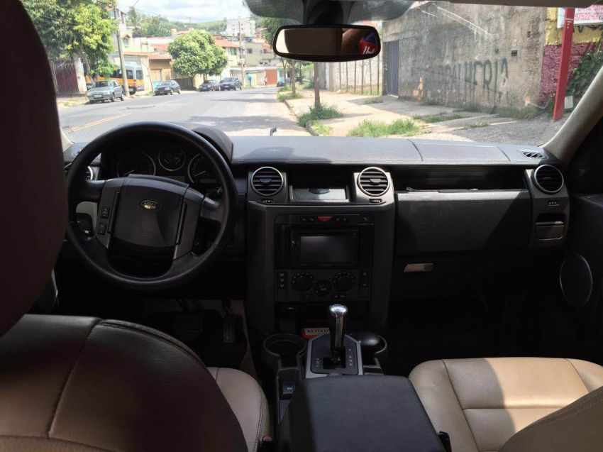 Land Rover Discovery 3 4X4 HSE 2.7 V6 - Foto #2