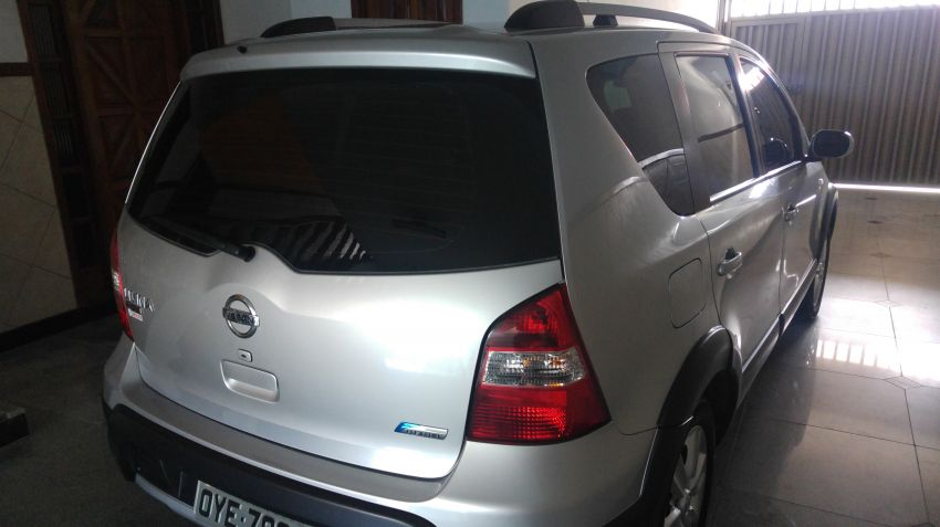 Nissan Livina X-Gear SL 1.8 16V (flex) (aut) - Foto #3