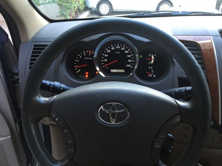Toyota Hilux SW4 3.0 TDI 4x4 SRV 7L (Aut) - Foto #1