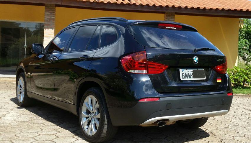 BMW X1 sDrive18i 2.0 16V - Foto #2