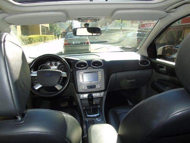 Ford Focus Hatch Ghia 2.0 16V Duratec (Aut) - Foto #6