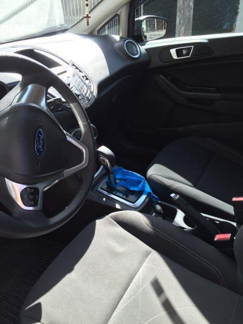 Ford New Fiesta 1.6 SE PowerShift - Foto #2