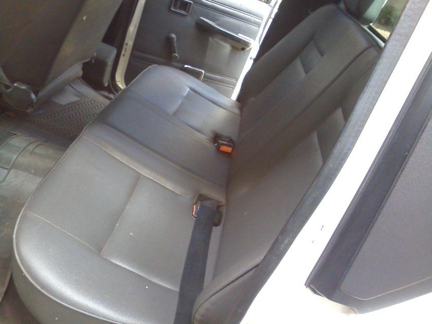 Mitsubishi L 200 GL 4x4 2.5 Turbo (cab. dupla) - Foto #5