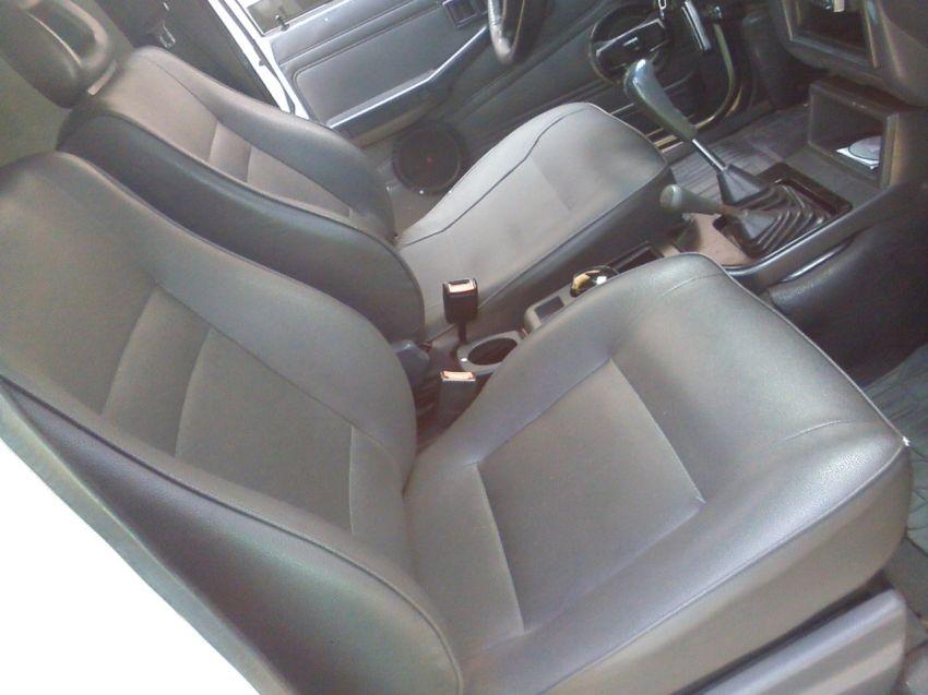 Mitsubishi L 200 GL 4x4 2.5 Turbo (cab. dupla) - Foto #6