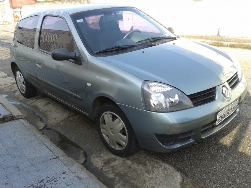 Renault Clio Authentique 1.0 16V (Flex) 2p - Foto #1