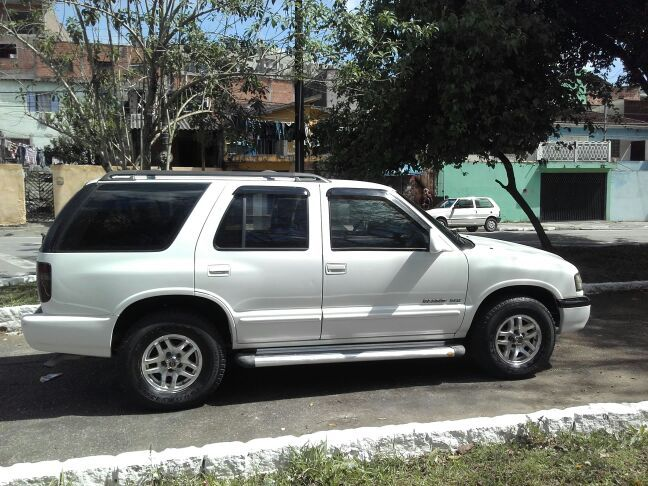 Chevrolet Blazer DLX 4x2 4.3 SFi V6 - Foto #10