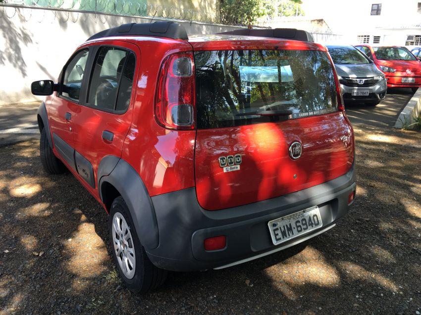 Fiat Uno Attractive 1.0 (Flex) 4p - Foto #1