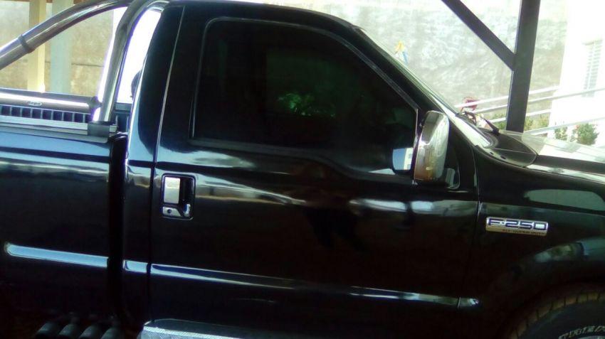 Ford F250 XL 4.2 V6 (Cab Simples) - Foto #5
