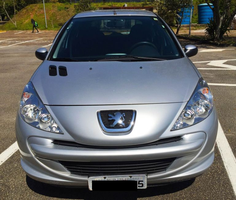 Peugeot 207 Hatch Active 1.4 (Flex) - Foto #1