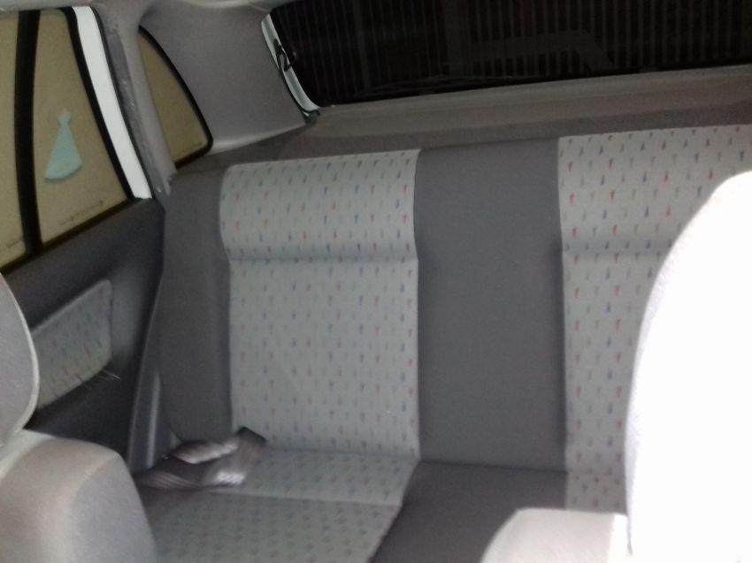 Volkswagen Gol Plus 1.0 16V MI - Foto #5