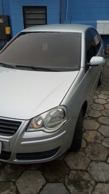 Volkswagen Polo Sedan 1.6 8V I-Motion (Flex) (Aut) - Foto #3