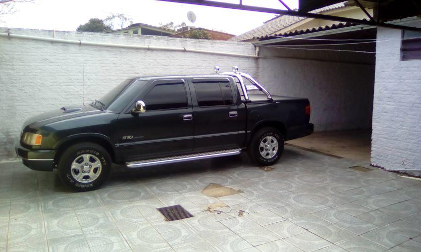 Chevrolet S10 Luxe 4x2 2.2 MPFi (Cab Dupla) - Foto #1