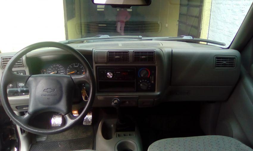 Chevrolet S10 Luxe 4x2 2.2 MPFi (Cab Dupla) - Foto #2