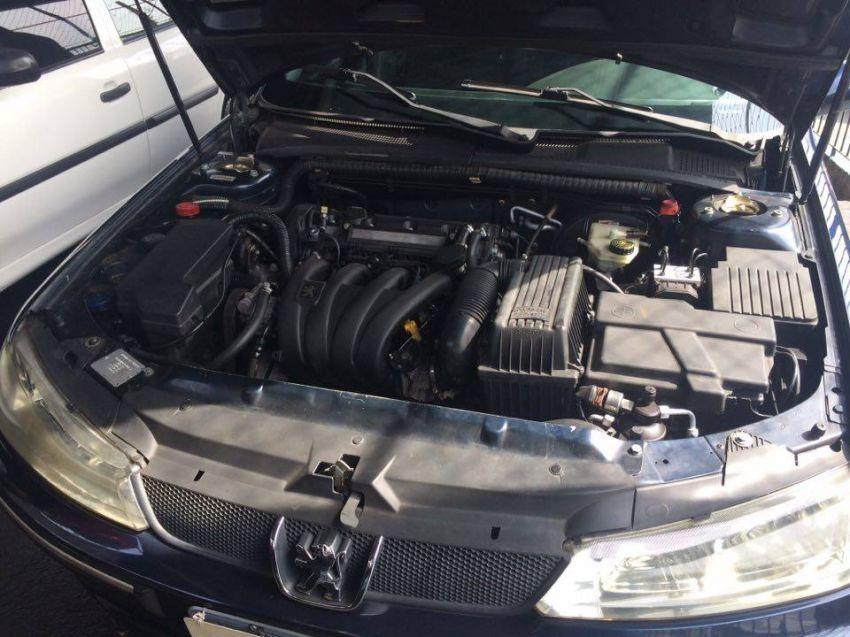 Peugeot 406 Sedan 2.0 16V - Foto #10