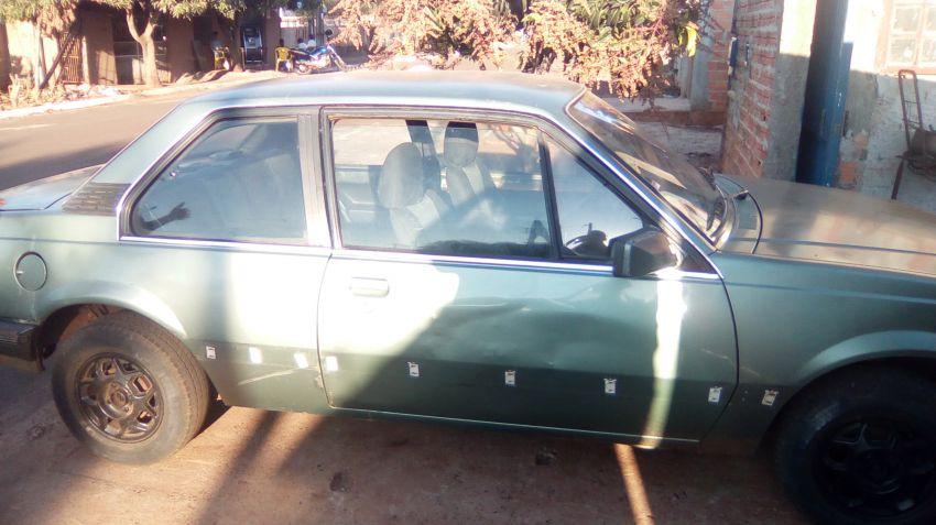 Chevrolet Monza Sedan SL 1.8 - Foto #1