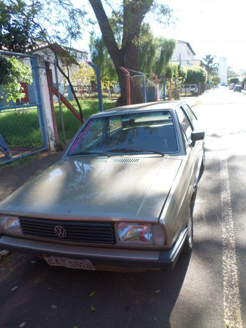 Volkswagen Voyage Plus 1.6 - Foto #2