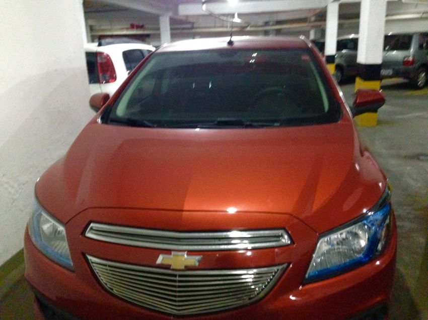Chevrolet Onix 1.0 Loolapalooza SPE/4 - Foto #2