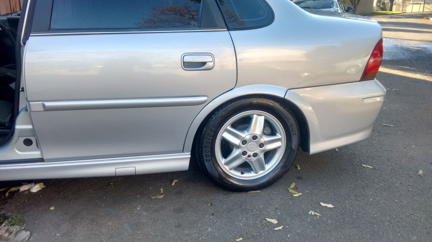 Chevrolet Vectra CD 2.2 MPFi 16V - Foto #2