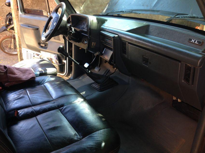 Ford F1000 XL Turbo 4x2 4.3 (Cab Simples) - Foto #4