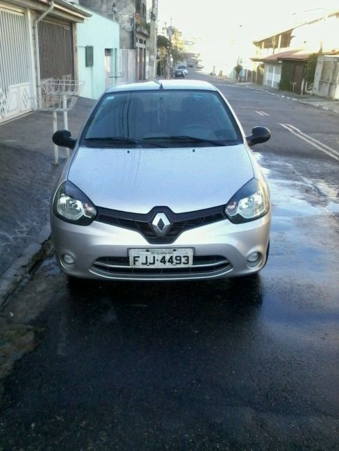 Renault Clio Authentique 1.0 16V (Flex) 2p - Foto #2