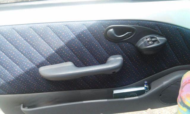 Fiat Palio EL 1.5 MPi - Foto #4