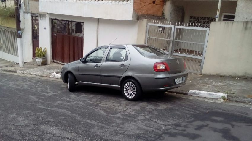 Fiat Siena Celebration Fire 1.0 8V (Flex) - Foto #9