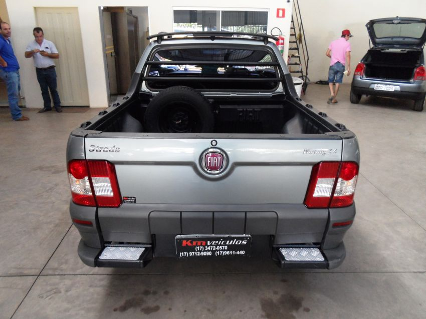 Fiat Strada Working 1.4 (Flex) (Cab Estendida) - Foto #5