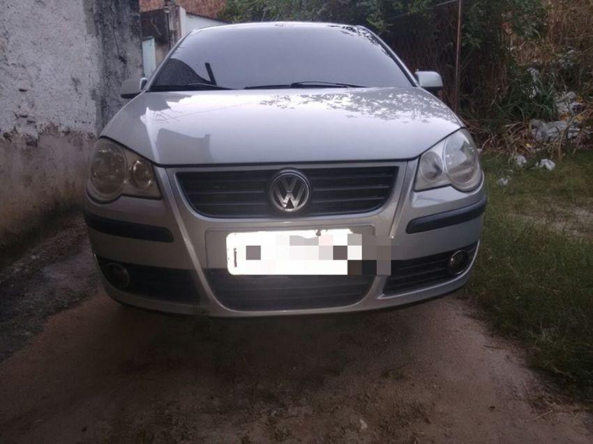 Volkswagen Polo Sedan 1.6 8V - Foto #7