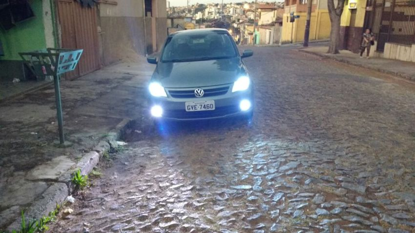 Volkswagen Voyage 1.0 MPI Trendline (Flex) - Foto #3